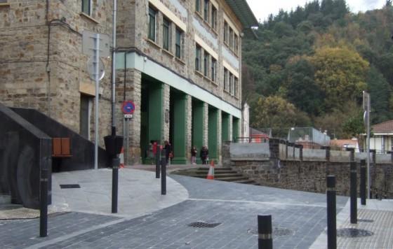 Creación de vial de unión entre Gazteluondo y Pº Arrasate